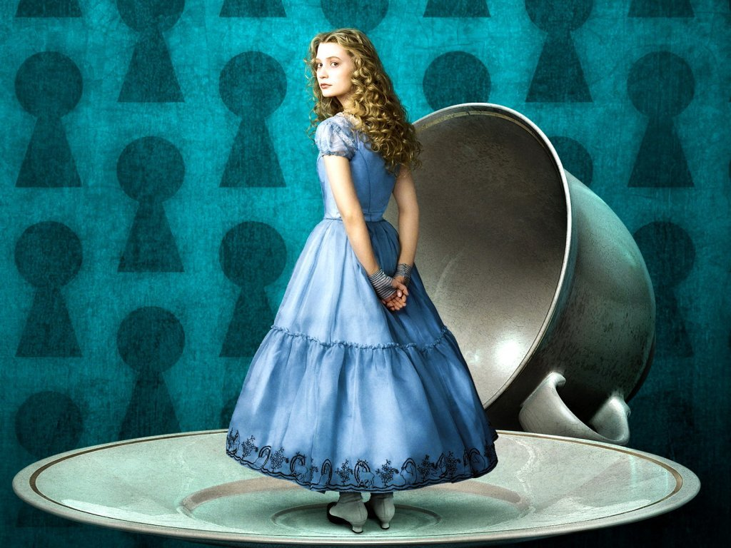 New trailer alice in wonderland