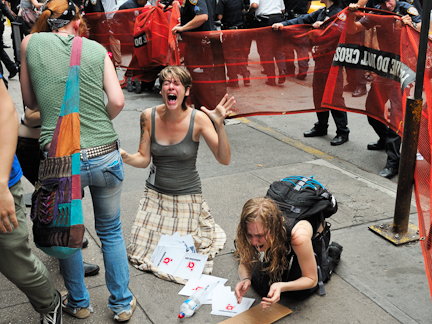 1Occupy Wall Street Turns Violent
