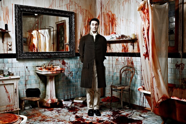 000036.25264.WhatWeDointheShadows_still4_TaikaWaititi__byKaneSkennar_2013-11-25_09-37-17PM-1