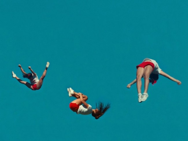 louder-than-bombs-2015-001-three-sky-gymnasts_1000x750-651x488